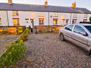 2 bedroom House with Internet Access in Seahouses - Seahouses vacation rentals