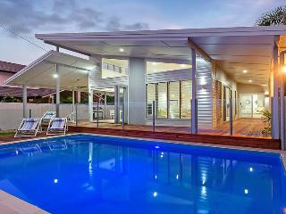 Luxury Ocean Front Home - Cairns - Cairns vacation rentals