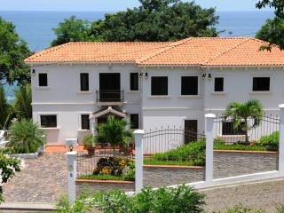 4 bedroom House with Deck in Playa Carrillo - Playa Carrillo vacation rentals