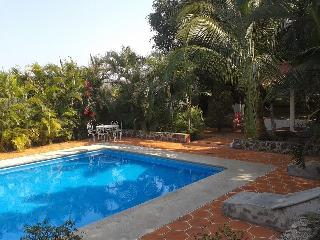 Nice Finca with Internet Access and Mountain Views - Tlaltizapan vacation rentals