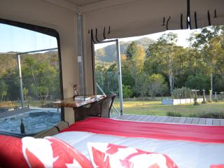Tuckers Retreat Luxury glamping w Private Jacuzzi - Canungra vacation rentals