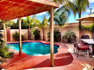 Cozy, Senior Friendly Phoenix Home.  Heated Pool! - Phoenix vacation rentals