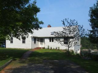 MERWICK COTTAGE | FIVE ISLANDS | GEORGETOWN, MAINE | WATER-FRONT| OCEAN VIEWS & ACCESS | PRIVATE DOCK & FLOAT - Boothbay vacation rentals