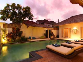 Charming Traditional Villa In Seminyak - Seminyak vacation rentals