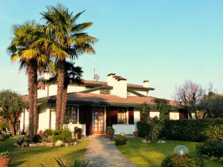 Nice Villa with Central Heating and Parking Space - Cadoneghe vacation rentals