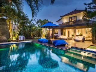 Villa Santa Rosa, Oberoi - Seminyak - Seminyak vacation rentals