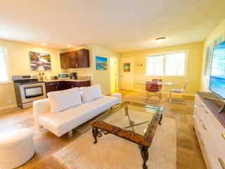 Nice 1 bedroom Kailua Cottage with Internet Access - Kailua vacation rentals