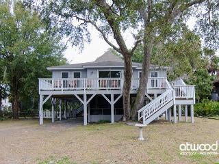 Someday - Adorable Beach Walk Home with Abundant Amenities - Charleston Area vacation rentals