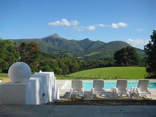 Basque Country villa with stunning views - Urrugne vacation rentals