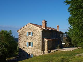 Casa di Graziella / Apartment Rosso - Groznjan vacation rentals
