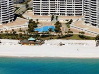 BEACHFRONT FOR 8! LUXURIOUS! OPEN WEEK OF 4/11 - 10% OFF - Destin vacation rentals