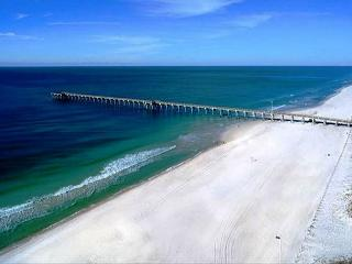 CUTE BEACHFRONT CONDO FOR 6! OPEN WEEK OF3/7- TAKE 30% OFF - Florida Panhandle vacation rentals