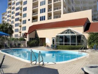 BEACH VIEWS & ROOMY CONDO! OPEN 11/21-28! ONLY $995 TAX INCLUDED! - Destin vacation rentals