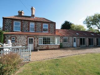 Comfortable 5 bedroom Cottage in Thornham - Thornham vacation rentals