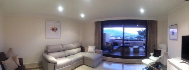 Luxury 2 bed, 2 bath at Los Lomas De Conde Luque - Benahavis vacation rentals