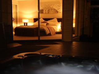The Seavirw Suite - The Esplanade Bed & Breakfast - Mornington vacation rentals