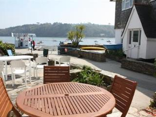 Lovely 3 bedroom Condo in Helford Passage with Internet Access - Helford Passage vacation rentals
