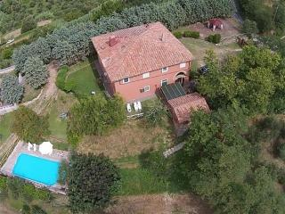 Lari Pisa Toscana - due unita nel verde Toscano Ca - Perignano vacation rentals