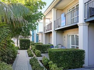 Cozy 3 bedroom Condo in Mandurah - Mandurah vacation rentals