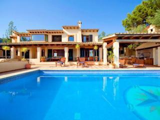 Mediterane Golfplatz-Villa in Bendinat - Cala Blava vacation rentals