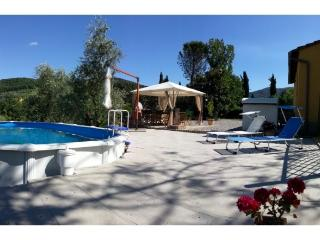 Villa storica in collina con piscina privata - Quarrata vacation rentals