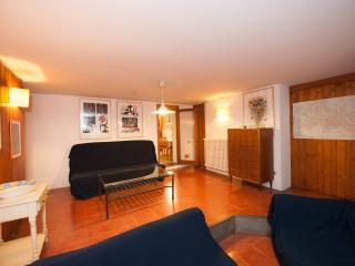 La Tavernetta - Quiet flat in residential area - Florence vacation rentals