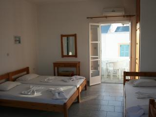 Triple Studio/Sea View - Naoussa vacation rentals
