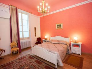Big New Wonderful Flat in Florence - Florence vacation rentals