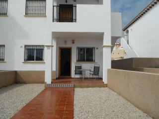 2 bed, 2 bath ground floor apartment La Cinuelica - Torrevieja vacation rentals