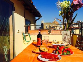 Apartment with terrace overlooking the dome - Florence vacation rentals