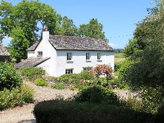 Beautiful 5 bedroom House in Lerryn with Internet Access - Lerryn vacation rentals