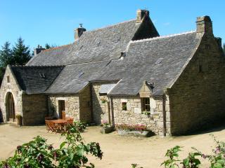 Gîte de Roch-Conan Monts d'Arrée - Plouneour Menez vacation rentals