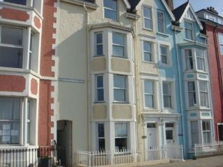 Beautiful 5 bedroom Townhouse in Aberdovey / Aberdyfi - Aberdovey / Aberdyfi vacation rentals