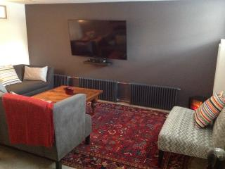Home Away From Home 2 Bedrooms - Brooklyn vacation rentals