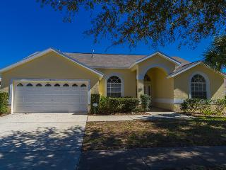 20 mins to Disney, Immaculate 6 Bed, Private Pool - Clermont vacation rentals