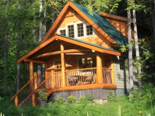 Wedgwood Estate Cabins Kootenay Lake, B.C. - Nelson vacation rentals
