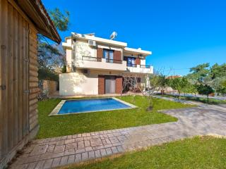 Secret Garden Filerimos - Dodecanese vacation rentals