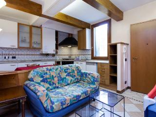 Romantic apartment (WIFI) - City of Venice vacation rentals