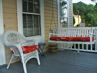 Comfortable Townhouse with Internet Access and Dishwasher - Wilmington vacation rentals