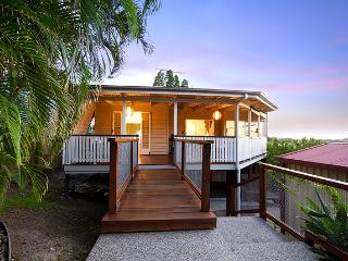 Chill Camp Hill - Brisbane vacation rentals