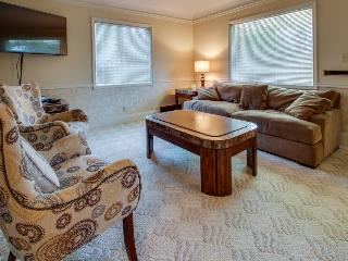 Lake City Mid-town Getaway with Hot Tub - Coeur d'Alene vacation rentals