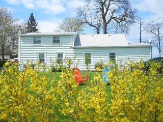 3 bedroom House with Internet Access in Niagara Falls - Niagara Falls vacation rentals