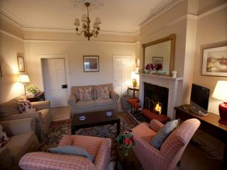GARDEN COTTAGE, Gordon Castle Estate, Fochabers, Scotland - Fochabers vacation rentals