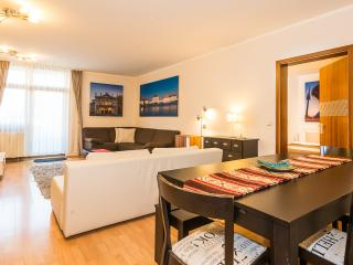 Westpark Apartment (4 Bedrooms) - Munich vacation rentals