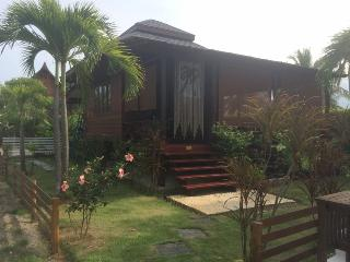 1 bedroom Bungalow with Internet Access in Sam Roi Yot - Sam Roi Yot vacation rentals