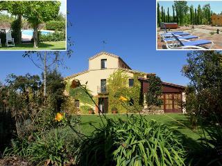 9 BR, 9 BA, Pool, Sauna, Jacuzzi, BBQ great garden - Fornells de la Selva vacation rentals