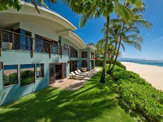 Blue Wave House: Modern Hawaiian Luxury on Oahu's Best Beach - North Shore vacation rentals