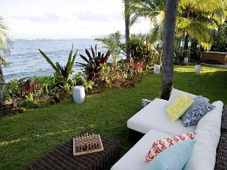 Chic, light filled, upscale 4 bedroom beachfront home - Honolulu vacation rentals