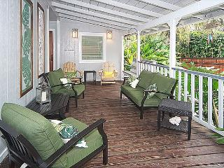 4 bedroom, beach house chic at Ke Iki Beach surfing spot - Haleiwa vacation rentals