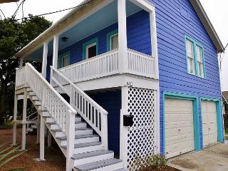 Life is Always Beachin here at 611 Ball St on the island!  You'll love it! - Galveston vacation rentals